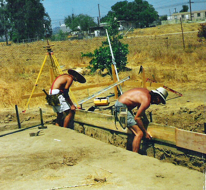Artist Hangout - Rammed Earth House Construction 05 - Digging The Footings