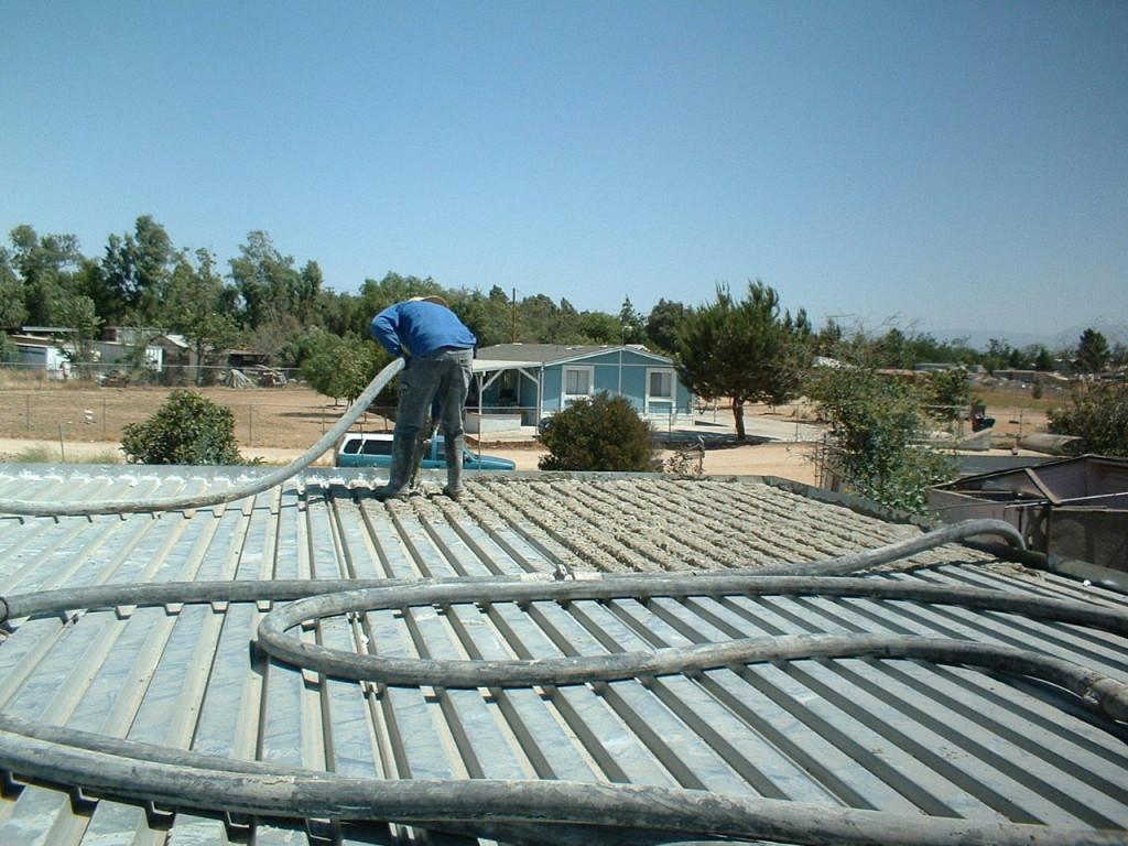 Artist Hangout - Rammed Earth House Construction 26 - Roof Construction