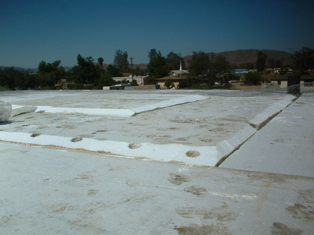 Artist Hangout - Rammed Earth House Construction 27 - Roof Construction