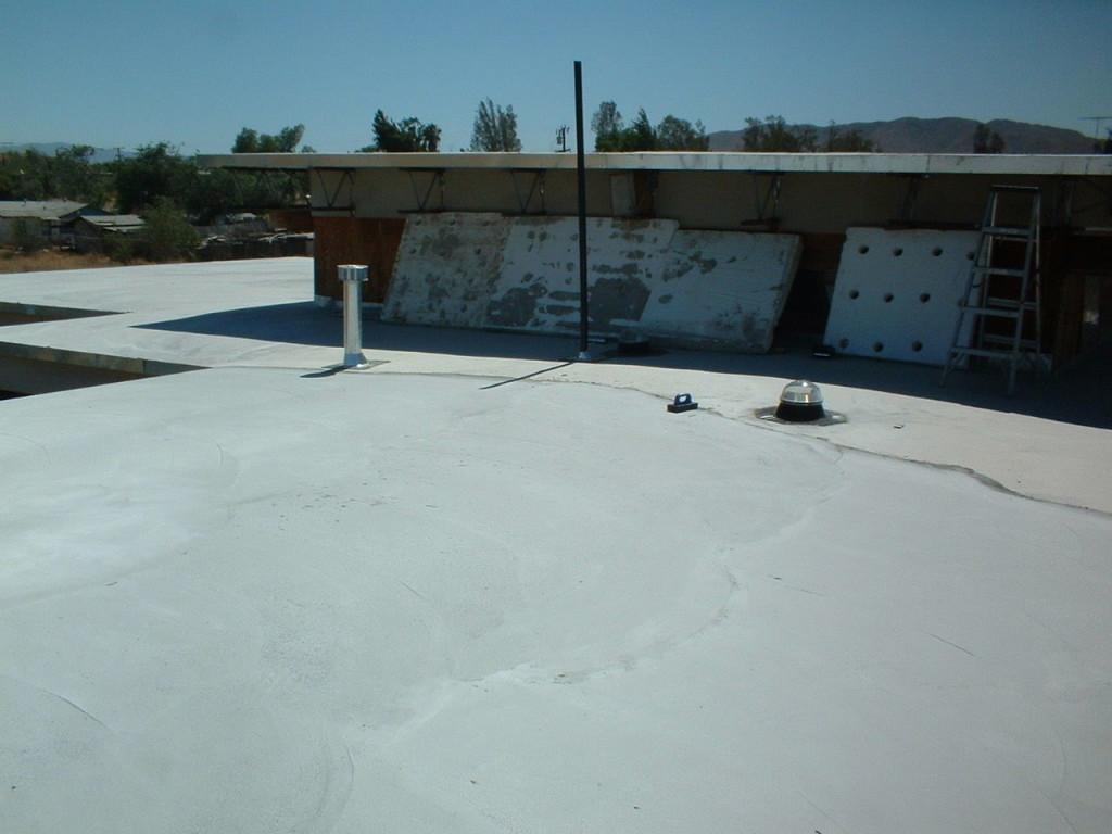 Artist Hangout - Rammed Earth House Construction 28 - Roof Construction