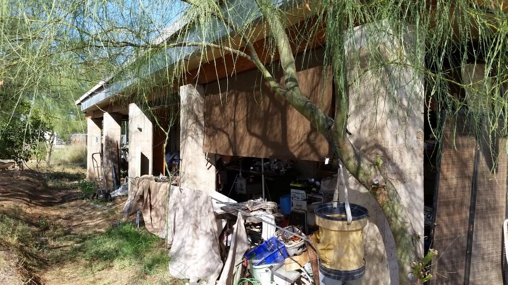 Artist Hangout - Rammed Earth House Construction 31 - Rammed Earth Columns